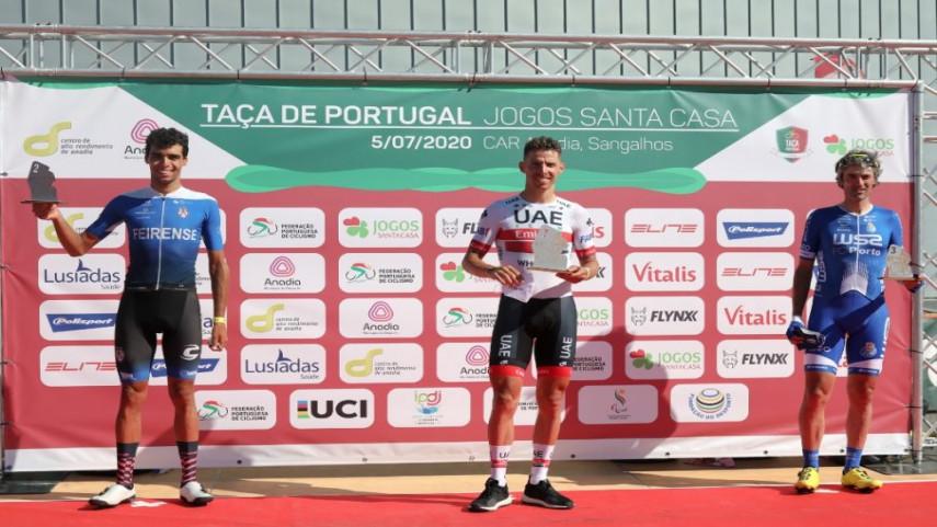 Veloso-sobe-ao-podio-na-reanudacion-do-calendario-portugues
