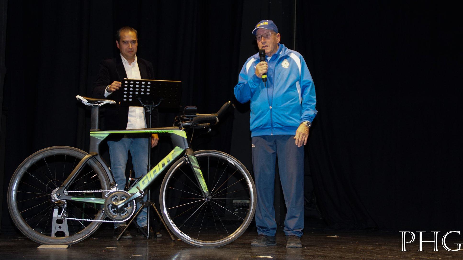 CLUBES MADRILEÑOS CON SOLERA. Conoce a la Unión Ciclista Coslada