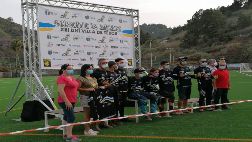 Proclamado-los-nuevos-Campeonaes-de-Canarias-de-MTB-DHI