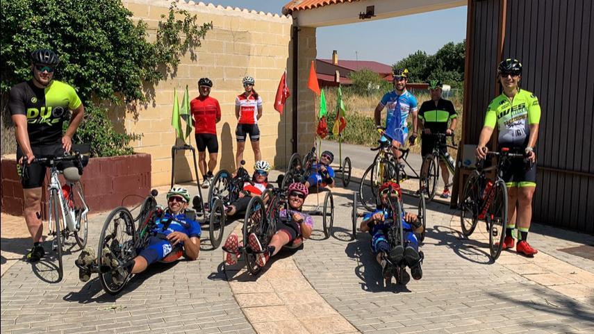 Entrenamiento-oficial-del-Ciclismo-Adaptado-madrileno-en-Tarancon