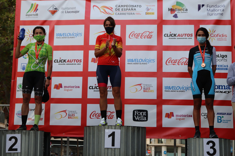 Juan Ayuso e Idoia Eraso, campeones de España junior contra el crono en Llucmajor