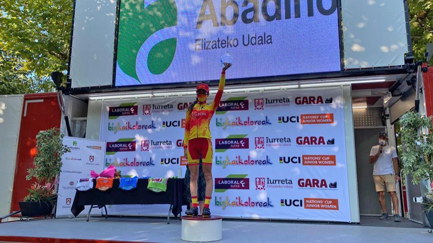 Una-gran-Ines-Cantera-se-hace-con-la-victoria-y-el-liderato-en-la-1-etapa-de-la-Bizkaikoloreak