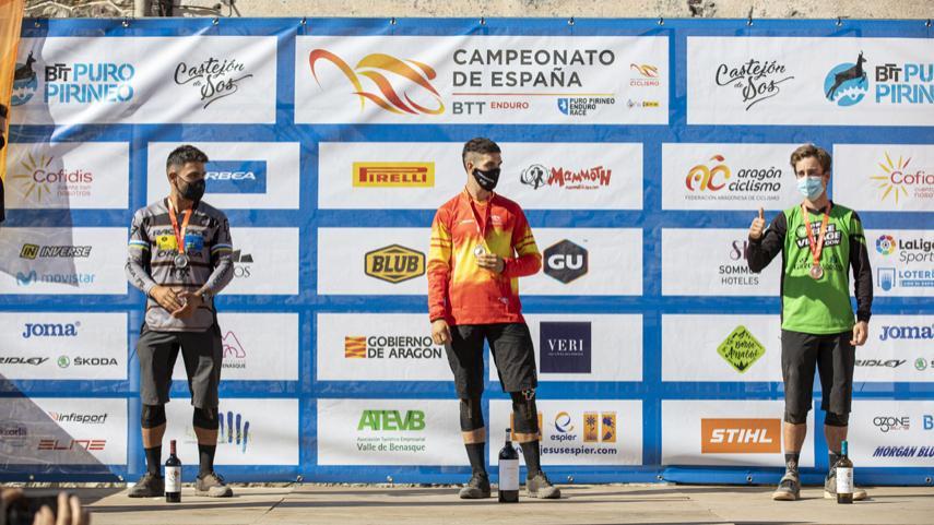 Sara-Yusto-y-Gabriel-Torralba-nuevos-campeones-de-Espana-de-Enduro