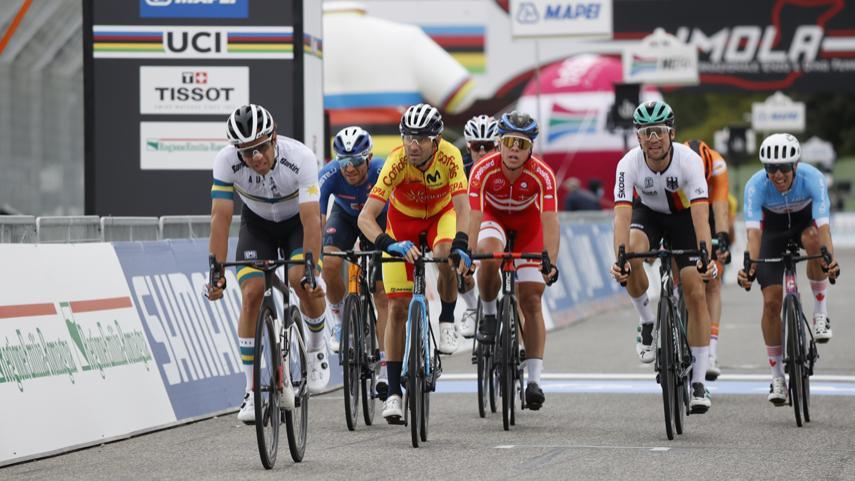 Valverde-8-en-un-Campeonato-del-Mundo-de-Imola-que-viste-de-arcoiris-a-Alaphilippe