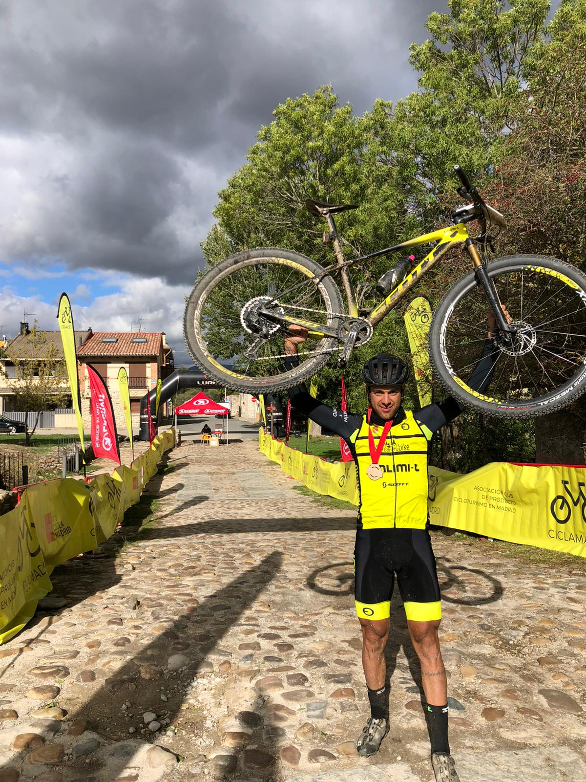Celebrada en Rascafría la V Sierra Norte Bike Challenge-Ciclamadrid MTB Tour