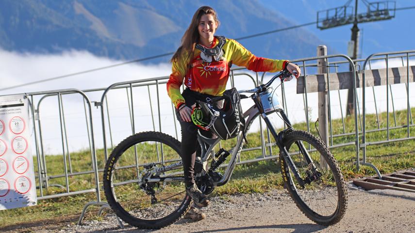 La-junior-Aina-Gonzalez-roza-el-podio-en-el-Mundial-de-DHI-de-Leogang