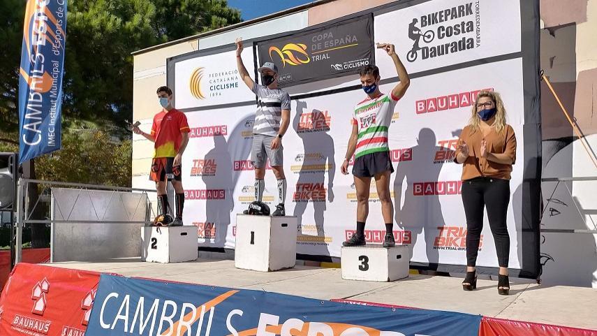 Montalvo-y-Baron-vencen-en-la-segunda-prueba-de-la-Copa-de-Espana-de-Trial-celebrada-en-Cambrils