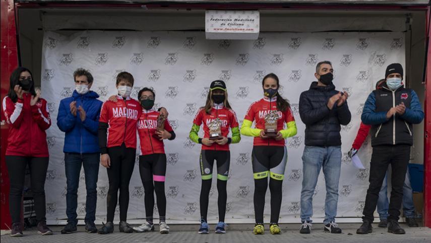 Lorena-Molero-Rodrigo-Sanchez-Celia-Romo-y-Jaime-Sanchez-nuevos-campeones-de-Madrid-de-ciclocross-Escolar