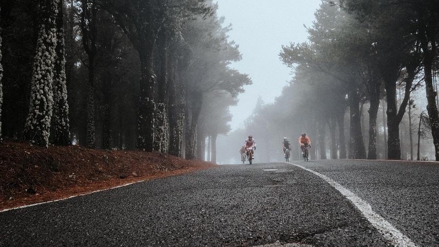 Thomas-Devaux-y-Manuela-Muresan-ganan-la-Free-Motion-Escalada-al-Pico-de-las-Nieves