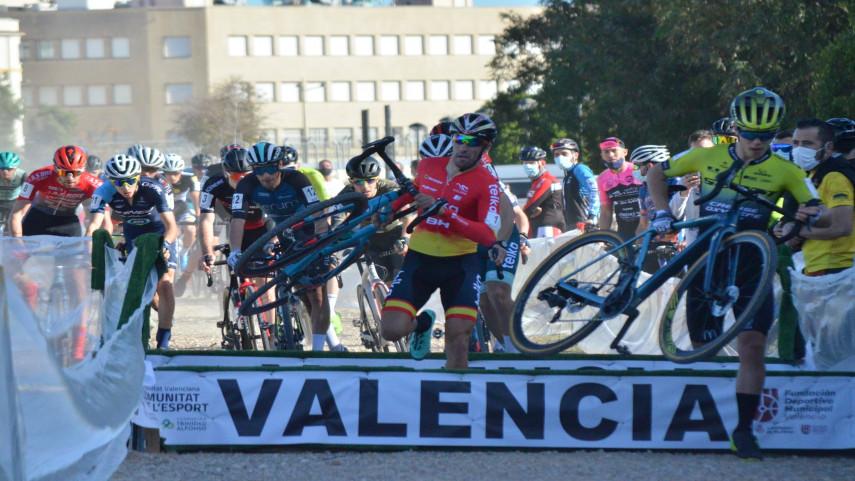 XA�tiva-y-ValA�ncia-cerraron-la-Copa-de-Espana-de-ciclocros