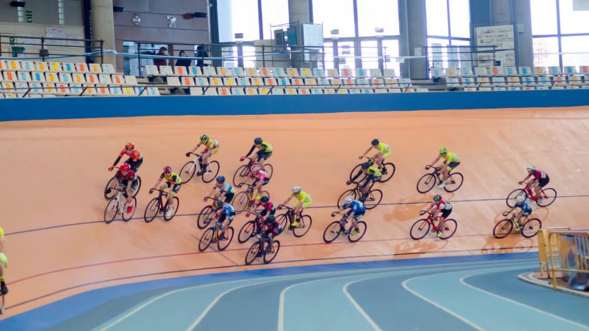 La-Liga-de-Pista-abre-el-telon-ciclista-del-nuevo-ano-en-la-Comunitat-Valenciana