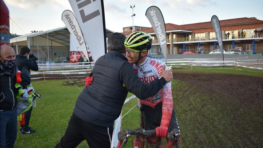 Ruben-Sanchez-logra-que-la-Seleccion-Madrilena-de-ciclocross-regrese-al-podio-de-unos-Nacionales-dos-anos-despues