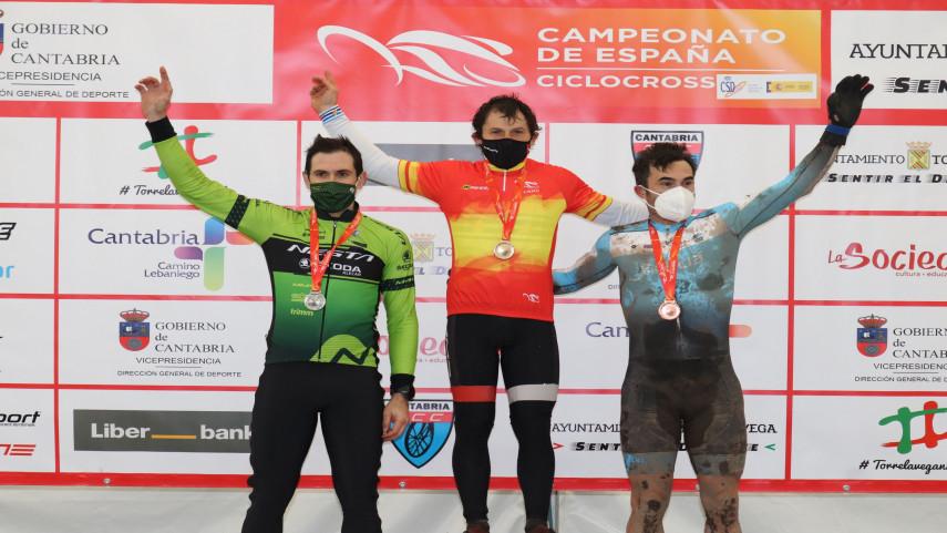 Os-masters-suman-dous-bronces-ao-botin-do-ciclocros-galego-no-Campionato-de-Espana