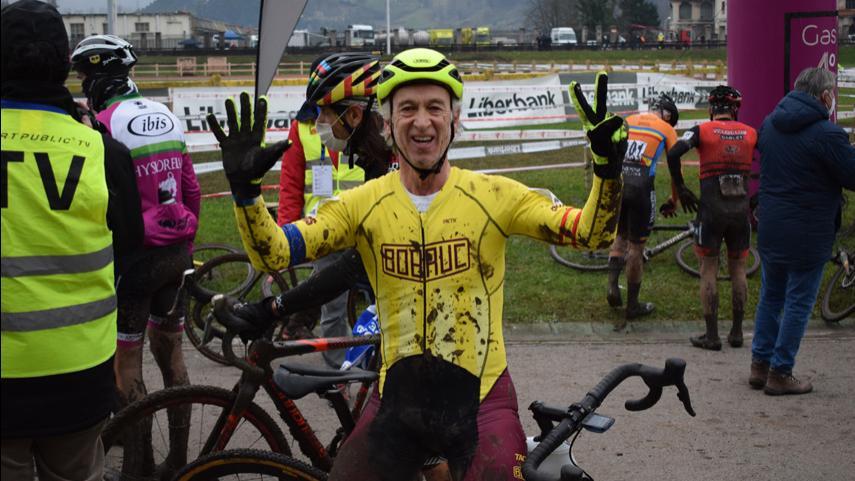 Las-mangas-master-masculinas-otorgan-cuatro-medallas-mas-al-ciclocross-madrileno