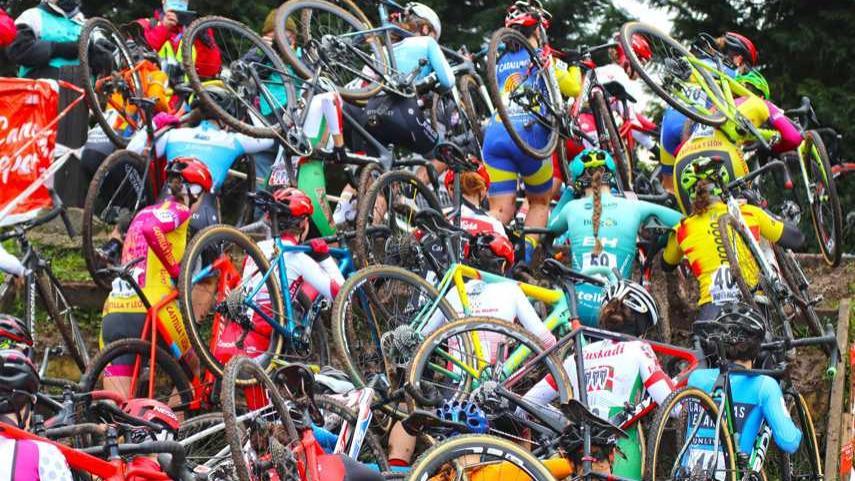 Pliegos-de-condiciones-para-el-Campeonato-de-Espana-de-Ciclocross-2022