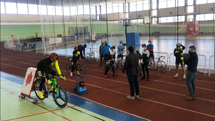 Nuevo-entreno-en-Galapagar-de-la-Seleccion-madrilena-de-pista-de-Ciclismo-Adaptado