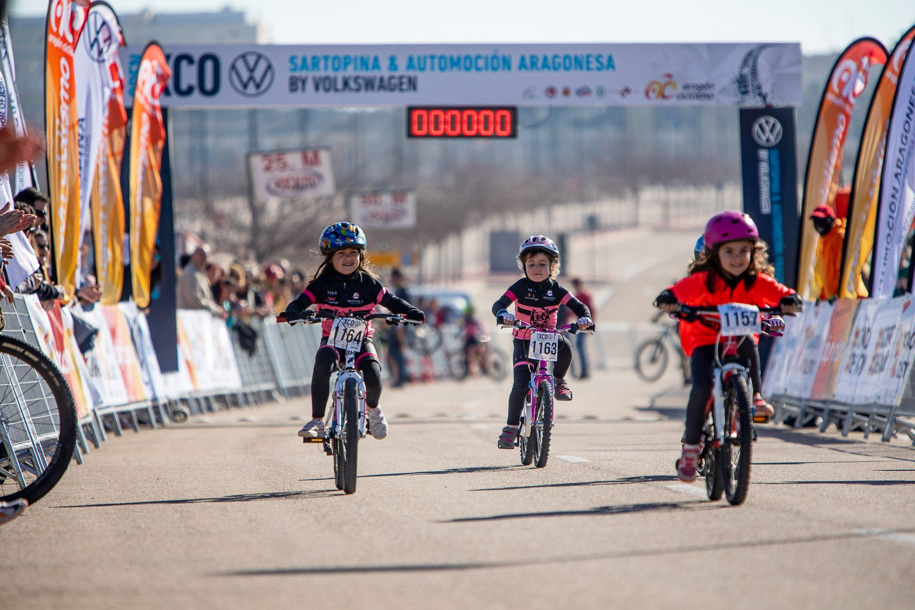 Se inicia el proceso homologador de las escuelas ciclistas oficiales de Aragón