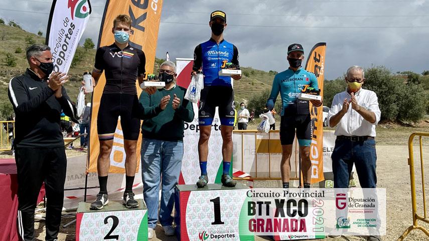 Maria-Diaz-y-Alberto-Mingorance-vuelven-a-brillar-en-la-segunda-cita-del-Circuito-de-Granada-de-XCO
