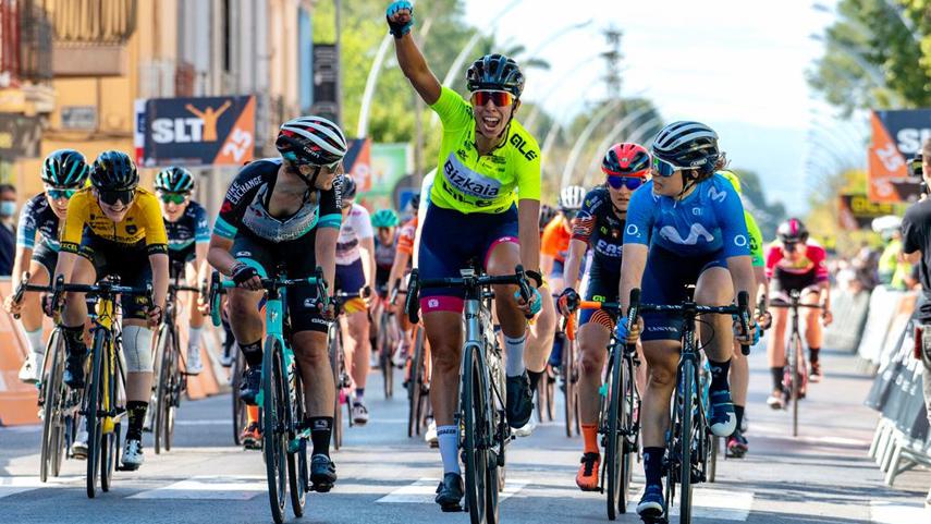 Sandra-Alonso-consigue-la-primera-victoria-espanola-de-la-historia-en-la-Setmana-Valenciana