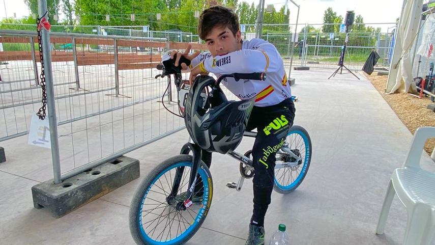 Gabriel-Avellaneda-alcanza-las-a��semisa��-en-la-Copa-del-Mundo-de-BMX-Racing-de-Verona