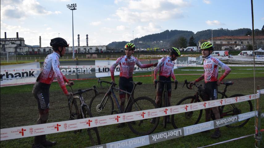 Reunion-de-ciclocross-en-Galapagar-para-planificar-la-temporada-2021-2022