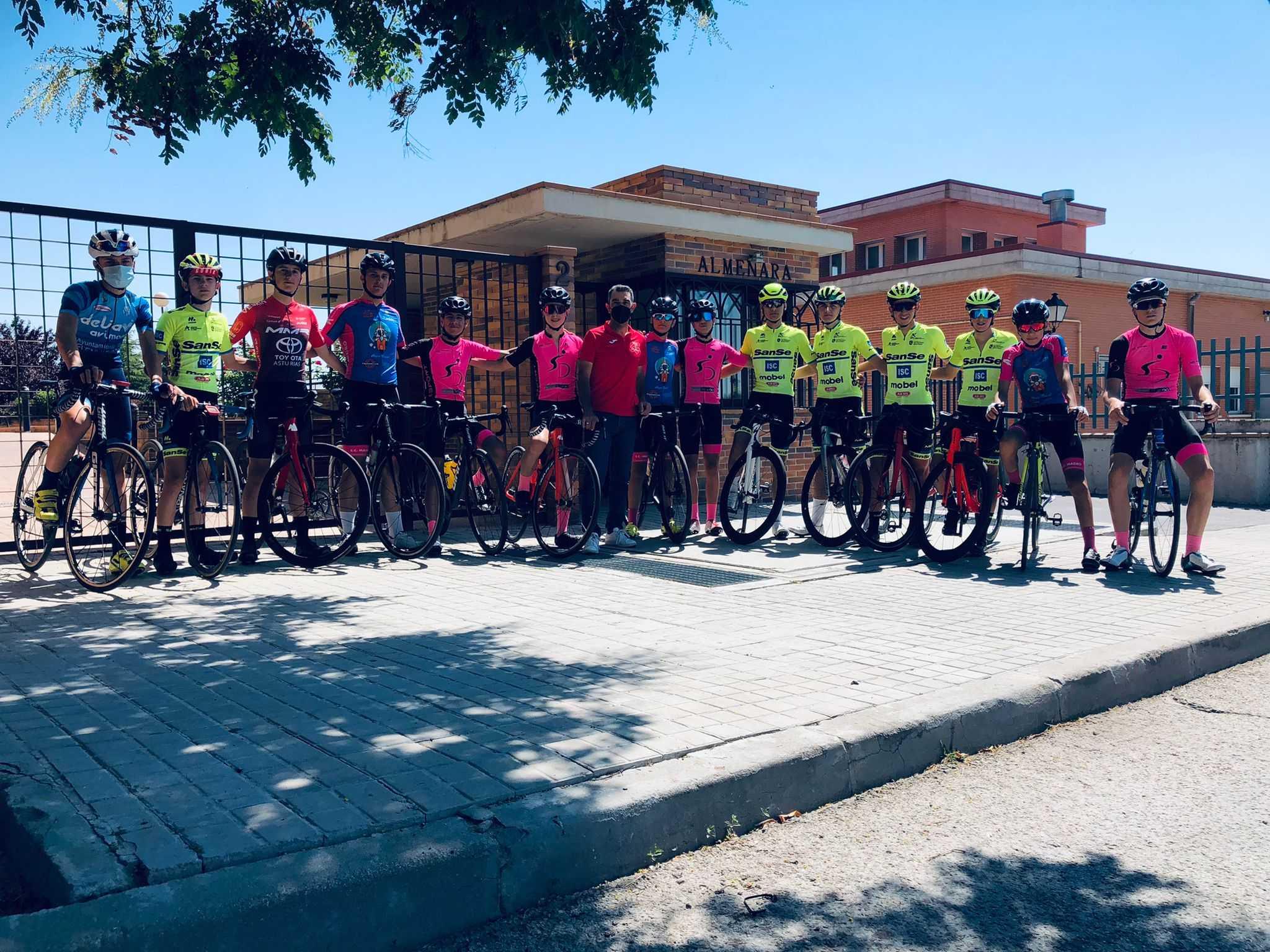 Primer entrenamiento con la preselección cadete masculina de ruta hoy en Brunete