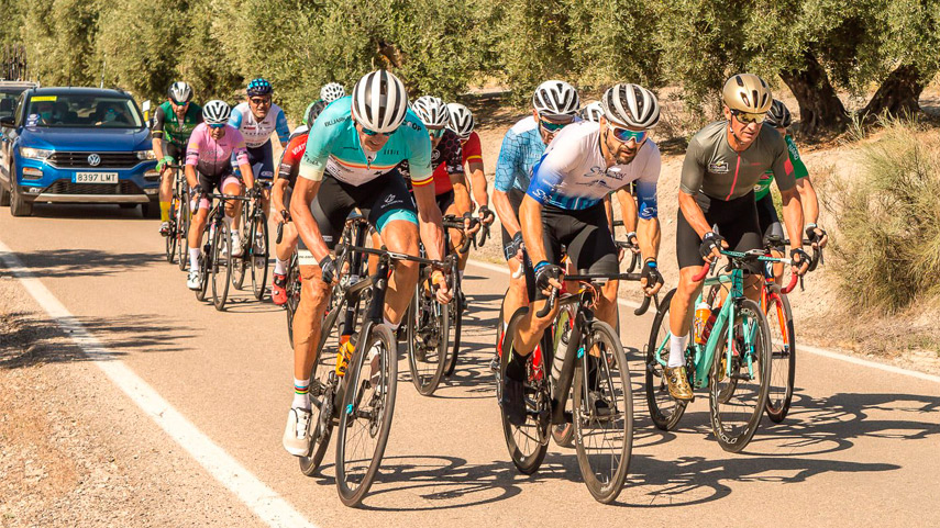 Fiesta-del-ciclismo-master-masculino-en-Cazorla