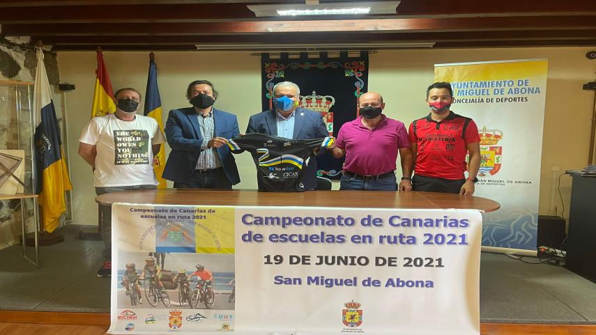 Presentado-el-Campeonato-de-Canarias-de-Escuelas-de-Ruta-2021