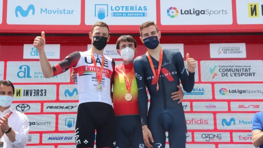 Ion-Izagirre-campeon-de-Espana-de-CRI-tras-superar-por-8-centesimas-a-De-la-Cruz