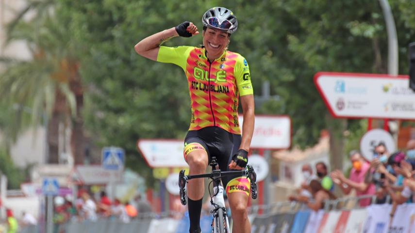 Mavi-Garcia-doble-campeona-de-Espana-por-segundo-ano-consecutivo