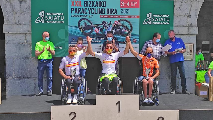 La-Seleccion-Espanola-de-Ciclismo-Adaptado-completa-una-gran-Paracycling-Bira