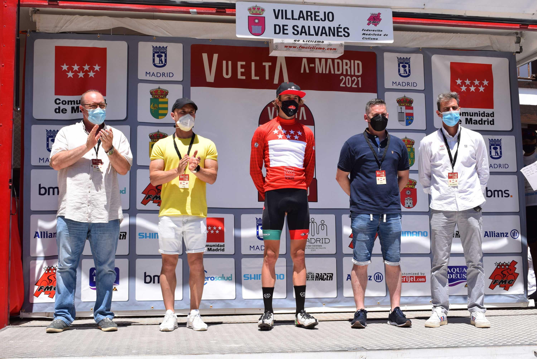 Golpe de mano del Basso Team en la llegada a Villarejo de Salvanés