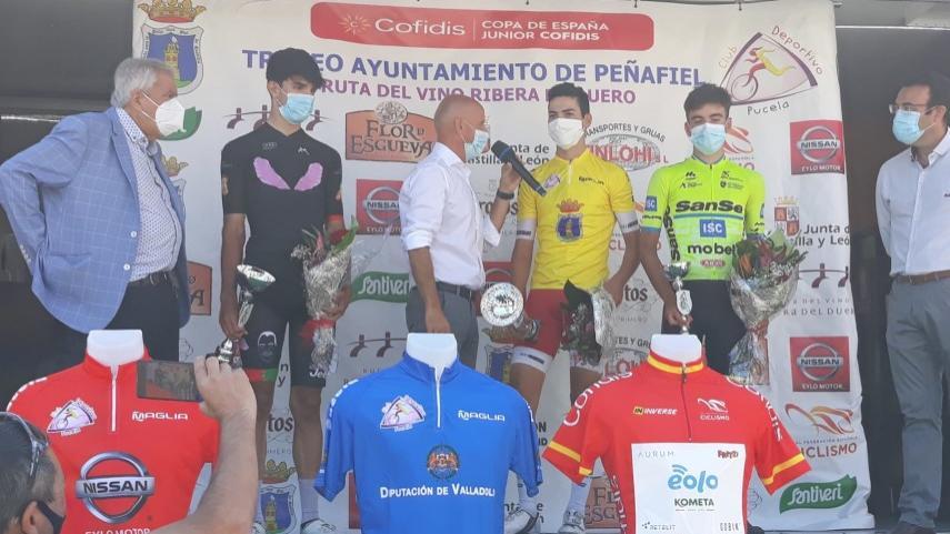 -Inaki-Navarro-hace-buena-la-fuga-para-imponerse-en-el-Trofeo-Ayuntamiento-de-Penafiel
