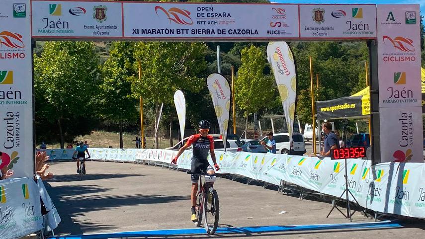 Pablo-Guerrero-y-Susana-Alonso-se-imponen-en-la-XI-Maraton-BTT-Sierra-de-Cazorla