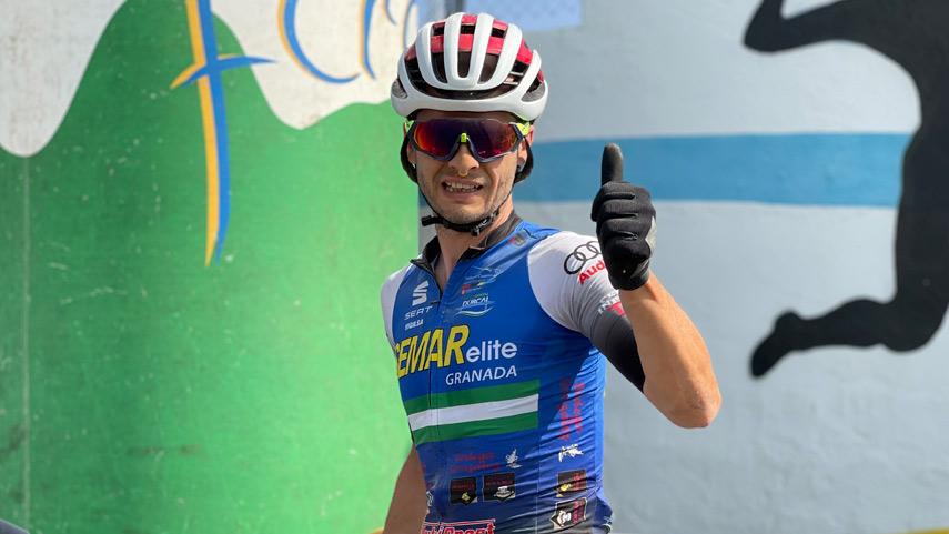 Suma-y-sigue-para-Rafa-Reyes-en-el-Circuito-de-Granada-BTT-Media-Maraton-2021-