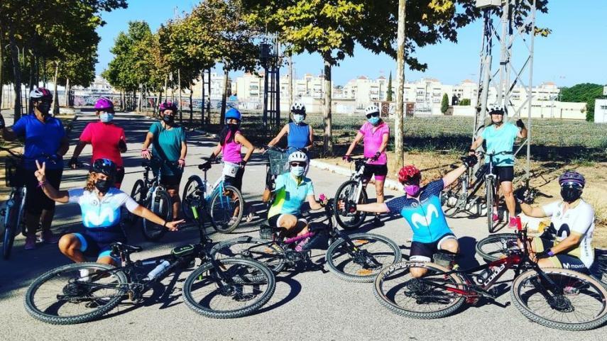 Women-in-Bike-suma-ya-mas-de-30-lideres-y-1200-quedadas-en-Andalucia
