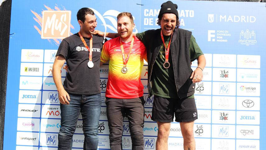 Daniel-Penafiel-repite-titulo-de-campeon-de-Espana-de-BMX-Freestyle-Park