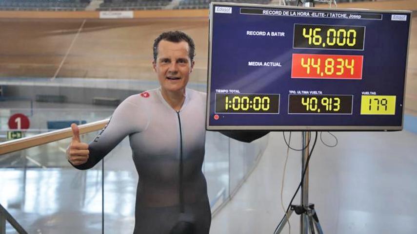 Pep-Tatche-bate-el-record-espanol-de-la-hora-44-kilometros-y-925-metros