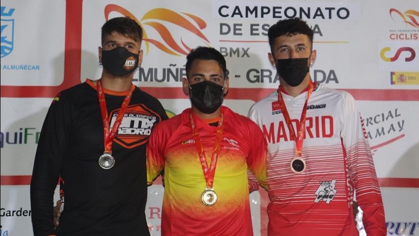 angel-Daniel-Sanchez-suma-en-Almunecar-su-tercer-titulo-de-campeon-de-Espana-de-BMX-Racing