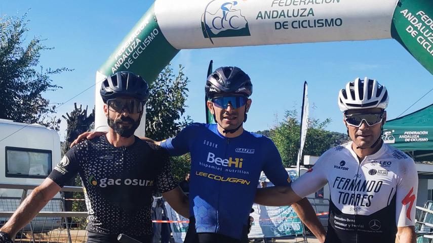 Incontestable-victoria-de-Victor-Fernandez-en-Las-Navas-de-la-Concepcion