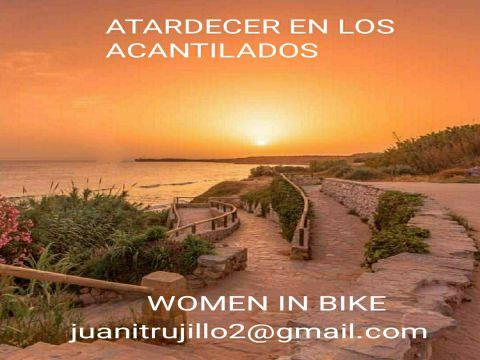 RUTA W.I.B ATARDECER EN LOS ACANTILADOS