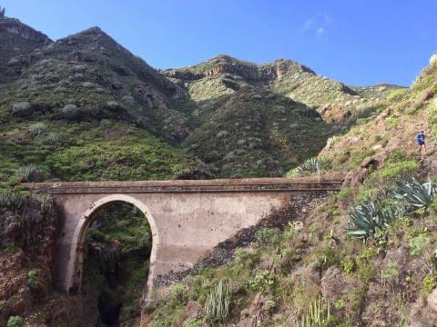 100 km en Ctra Gral del Sur, Tenerife